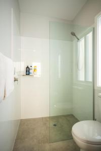 A bathroom at Clarinda Street Apartments