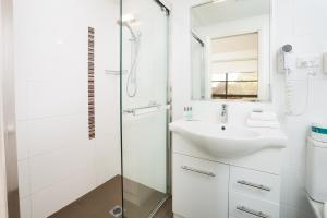 A bathroom at Charlestown Terrace Apartments