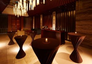 A restaurant or other place to eat at The Strings by InterContinental, Tokyo
