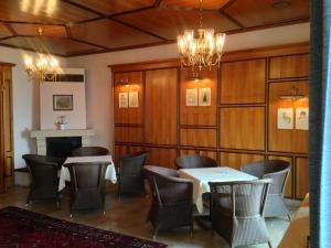 Ein Restaurant oder anderes Speiselokal in der Unterkunft See-Hotel Post am Attersee