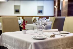 Un restaurante o sitio para comer en Maisonnave