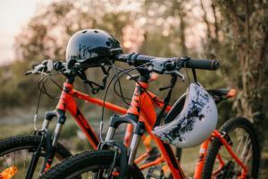 Vožnja biciklom pokraj objekta Holiday Home Medimurski Ceker ili u blizini