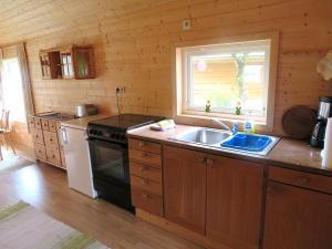 Küche/Küchenzeile in der Unterkunft Kalvatn Turistsenter