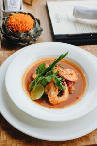 Lunch and/or dinner options available to guests at The Kayon Resort by Pramana