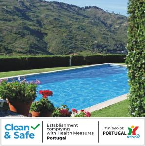 The swimming pool at or close to Quinta Da Timpeira