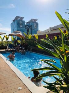 The swimming pool at or near Prostyle Hotel Ho Chi Minh プロスタイルホテルホーチミン