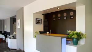 The lobby or reception area at Apartment Hotel Lindeneck