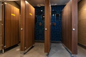 A bathroom at PubLove @ The Steam Engine,Waterloo