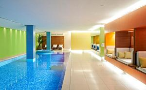 The swimming pool at or near SIDE Design Hotel Hamburg