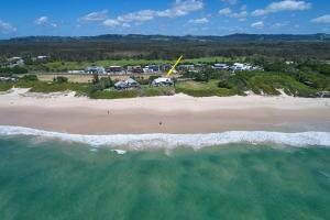 A bird's-eye view of A PERFECT STAY - Belongil on the Beach