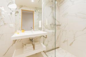 Kylpyhuone majoituspaikassa Centennial Hotel Tallinn