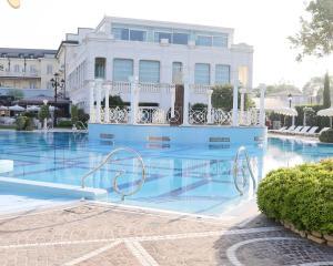 The swimming pool at or near Grand Hotel Da Vinci