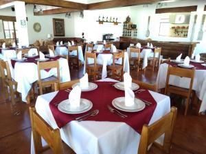 A restaurant or other place to eat at Casa Hacienda Nasca Oasis