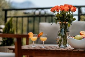 Drinks at Villa AMore Brela
