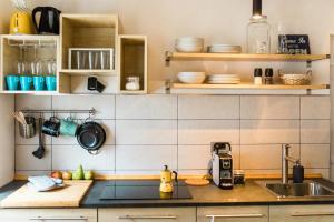 Kuhinja oz. manjša kuhinja v nastanitvi Štulceva Hiša