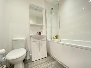 A bathroom at Heathrow Airport Oasis