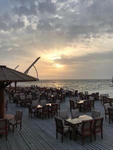 مطعم أو مكان آخر لتناول الطعام في منتجع بهادر جدة