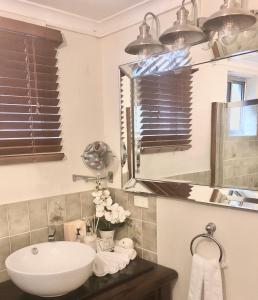 A bathroom at Eden Rest