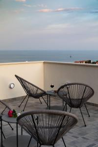 A balcony or terrace at Guest House Nikolina