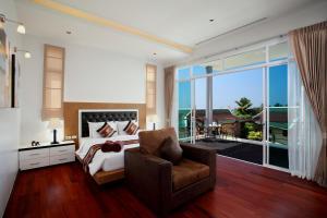 منطقة جلوس في Kata Sea View Villas