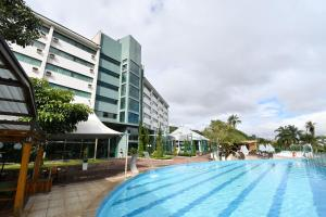 The swimming pool at or near Thermas All Inclusive Resort Poços de Caldas