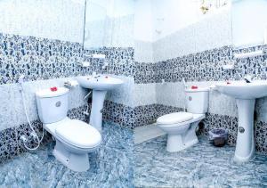 A bathroom at Crescent Sea Resort