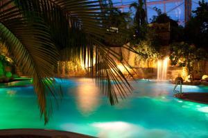 Swimmingpoolen hos eller tæt på Tropical Islands