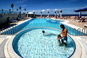 The swimming pool at or near Hotel Gran Vista Plava Laguna
