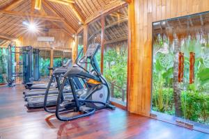 The fitness center and/or fitness facilities at Fivelements Retreat Bali