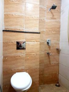 A bathroom at Mahabir Sheraton