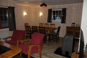En restaurant eller et spisested på Roste Hyttetun og Camping