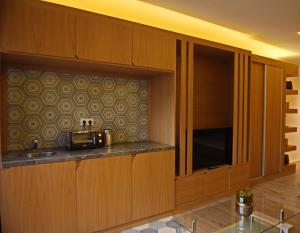 A kitchen or kitchenette at Studio Avenue Hassan II - 2