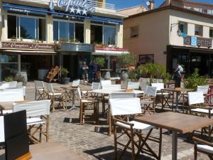 Restaurant ou autre lieu de restauration dans l'établissement Hotel Espadon