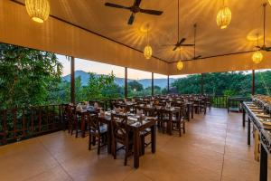 A restaurant or other place to eat at The Ananta Udaipur Resort & Spa