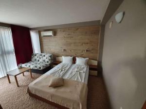 Легло или легла в стая в Хотел КЕДЪРА