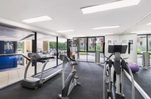 The fitness center and/or fitness facilities at Adina Apartment Hotel Sydney, Darling Harbour