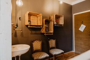 Ein Badezimmer in der Unterkunft The Keep Eco Residence