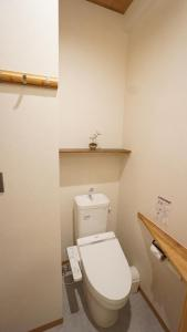 A bathroom at Poly Hostel 2 Namba