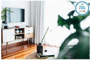 A television and/or entertainment centre at Myo Design House