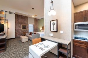 A seating area at Homewood Suites by Hilton Indianapolis Downtown