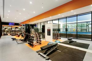 The fitness center and/or fitness facilities at Mercure Melbourne Albert Park