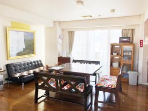 A seating area at Fuji Gotemba Condominium Tannpopo