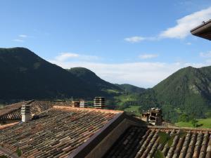 Nespecifikovaný výhled na hory nebo výhled na hory při pohledu z bed and breakfast