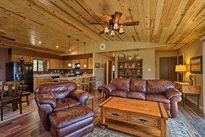 A seating area at Prescott Hideaway with Deck, Sauna & Mountain Views!