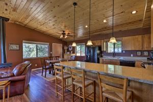 The lounge or bar area at Prescott Hideaway with Deck, Sauna & Mountain Views!