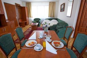 Обеденная зона в отеле