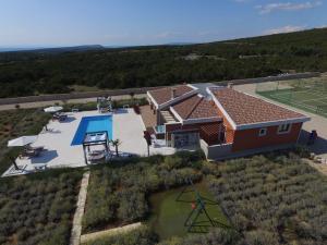 Vista aerea di Villa Melody Novalja