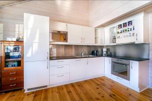 Küche/Küchenzeile in der Unterkunft Fidjeland near ski trekk