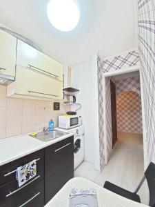 A kitchen or kitchenette at Apartment Julia 2