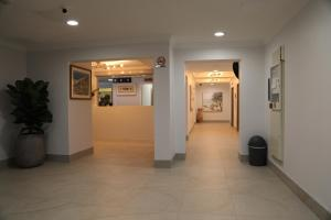 The lobby or reception area at Capricornia Apartments
